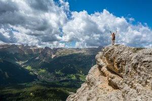 long-term-goals-climb-mountains-world