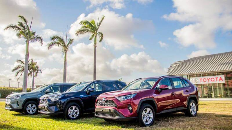photo-by-garage-cordia-aruba-toyota-RAV4-hybrid-CaribMedia-Blog-being-a-more-eco-friendly-business-in-Aruba
