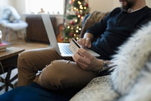 holiday-digital-marketing-to-make-those-sales-online-shopping-booking